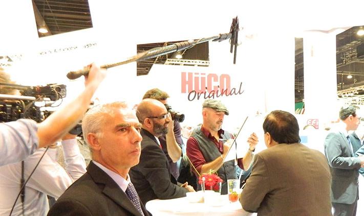 caricaturist and speed-cartoonist Germany, tradeshow artist Frankfurt trade fair